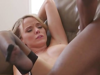 Starless man forgives slutty shush by fucking her on settee