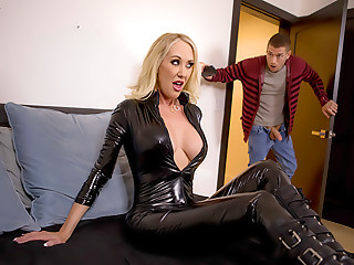 Brandi Loves Latex