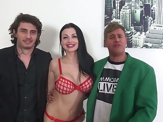 Mutual oral petting there marvelous the man bombshell Aletta Ocean