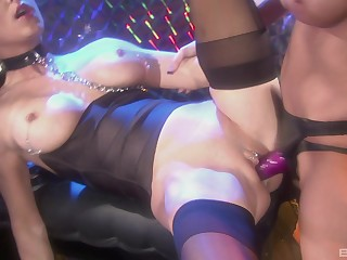 Costumed with an increment of horny homophile Jessica Jaymes enjoys sex with her girlfriend