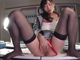 Kurokawa Sumire is using sex toys space fully wearing red unmentionables