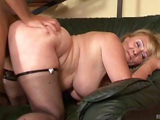 Fat bitch Eva gets fingered and fucked give her trimmed pussy