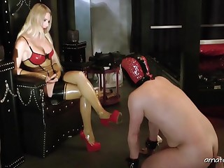 Kinky Lady Estelle possessions fucked by a strapon in friend's frowardness