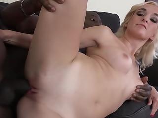 Real Xozilla Porn Movies Babe Daisy Banged By Joachim