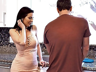 Beauty Veronica Avluv having her concerned coochie penetrated